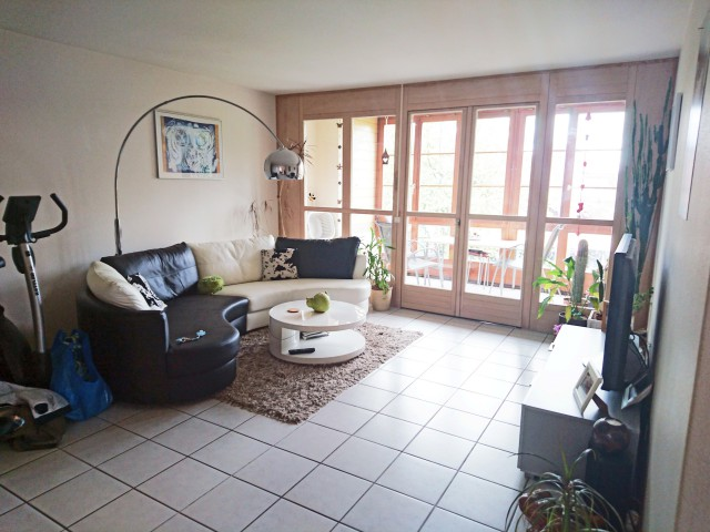 Grosszügige 2½-Zimmer-Wohnung mit ländlichem Charme 15311899