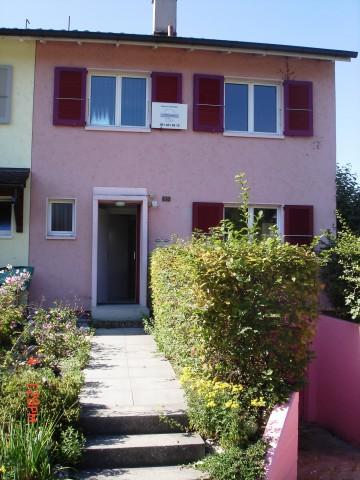helles grosses Reihen-Einfamilienhaus mit Garage 13184177