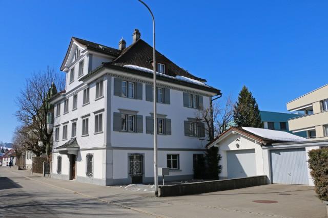 Grosses Herrschaftshaus an hervorragender Wohnlage! 15000592
