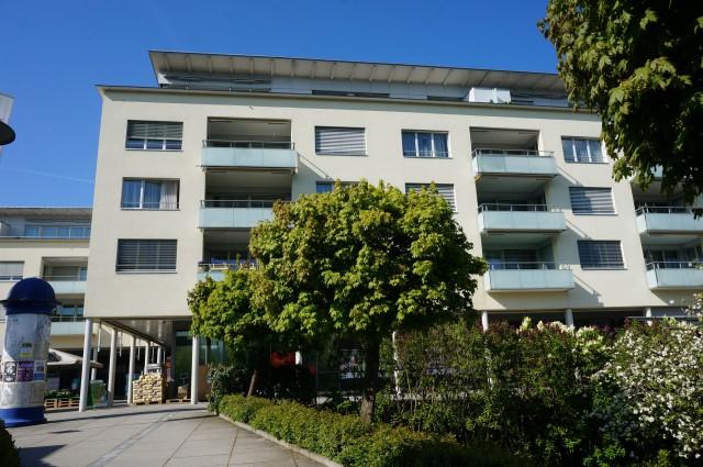 Im Zentrum von Adligenswil 15040029