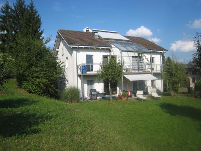 4.5 Zi-EG-Whg in 2-Fam-Haus im Grünen in Lyss 16732703