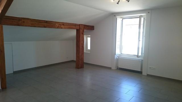 Appartement 3,5 pièces refait à neuf à Cernier 15979732