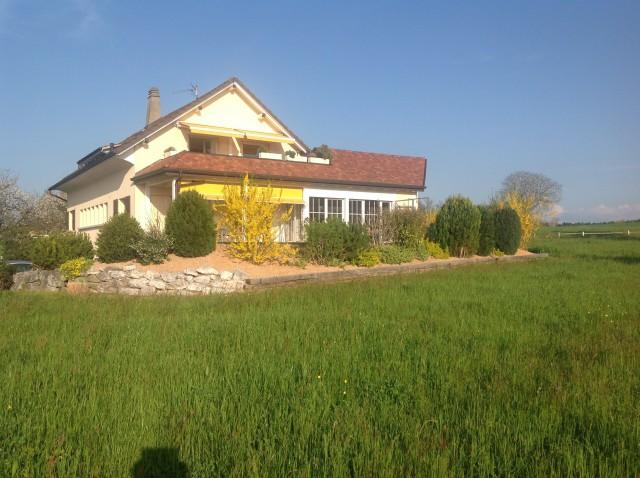 Grosszügiges Wohnhaus mit Baulandreserve 16301076