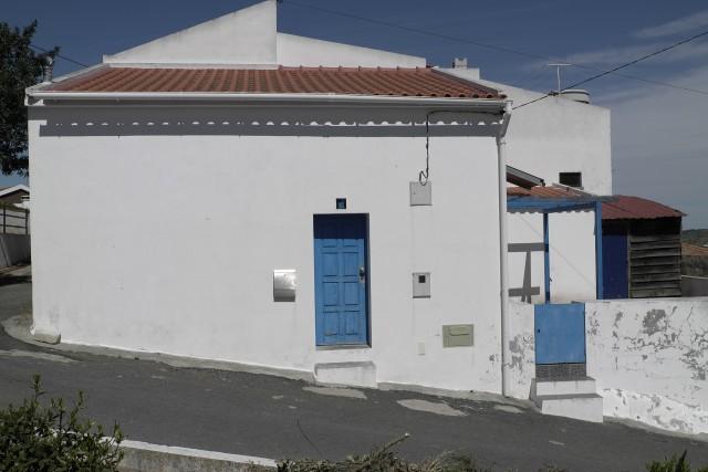 petite et romantique maison / small and romantic house 15361560