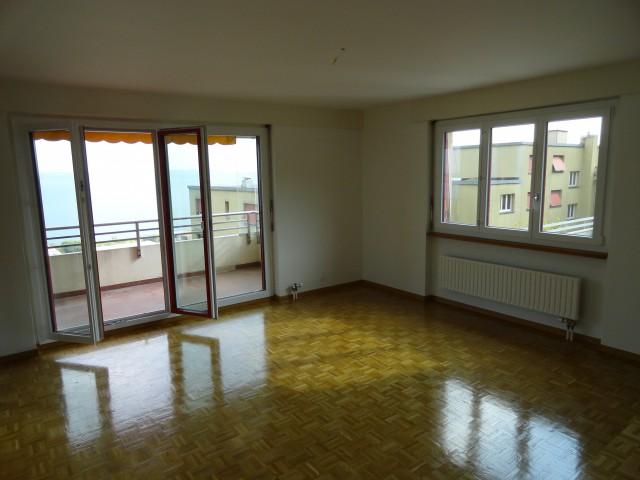 Appartement rénové à Neuchâtel 15290928