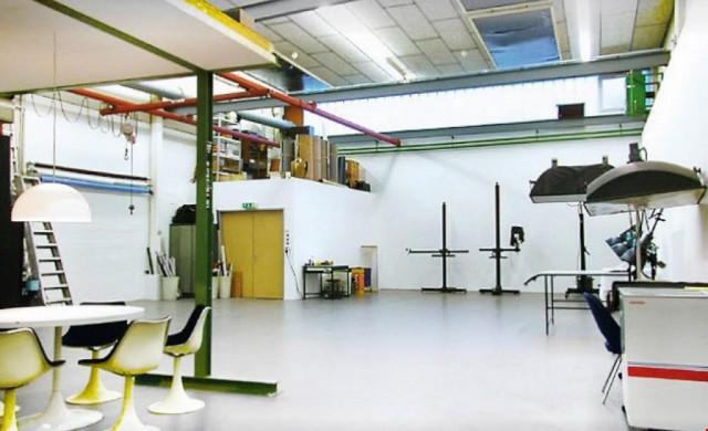 Helles Atelier mit industriellem Flair 16732683