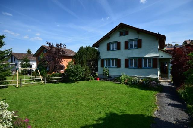 Freistehendes Einfamilienhaus an zentraler und ruhiger Wohnl 15969870