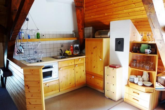 Heimelige Dachwohnung an zentraler Lage 16981210