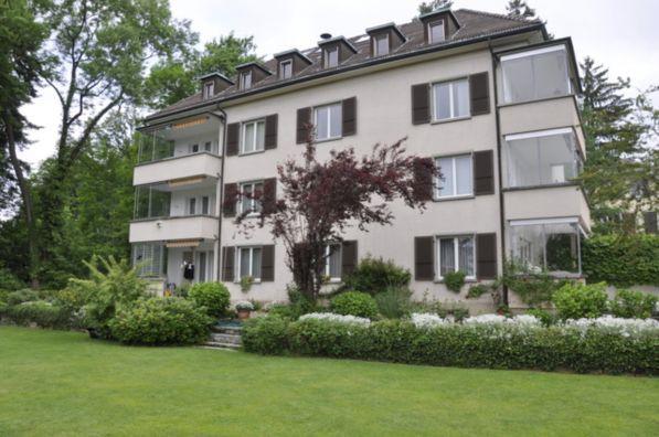 Obstberg: Sonnige, grosse 2,5 Zimmer Loft- Dachwohnung mit G 16393363