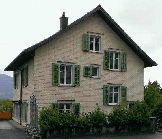 6-Zimmer Haus mit Balkon und Garten 15235457