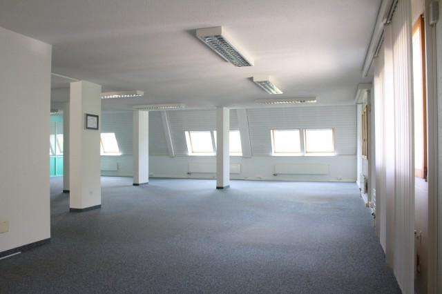 Heller Büroraum an ruhiger Lage 14943511