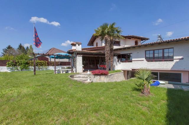 Freistehende 3.5-Zimmer-Einfamilienhaus-Villa direkt am Biel 15347390