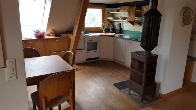 Schöne 3.5 Zimmerwohnung 2 Gehminuten vom Bahnhof Spiez 16393345