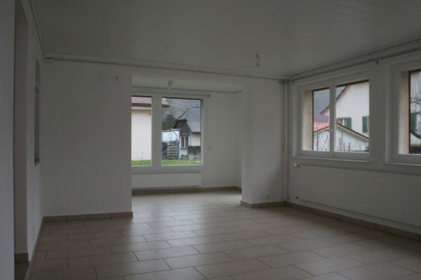 Confortable appartement 4.5 p avec jardin et terrasse 15182518