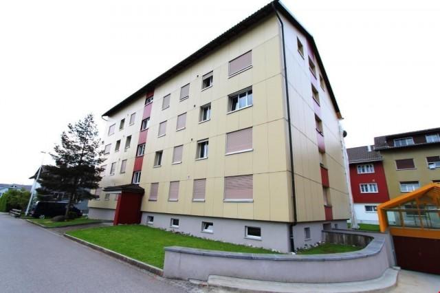 Grosszügige 4 Zimmerwohnung an zentraler Wohnlage! 15290392
