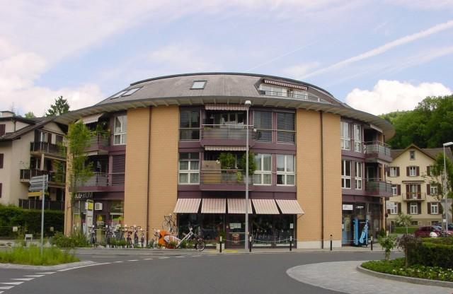 2 1/2-Zimmer-Wohnung im Zentrum von Horw 14930278