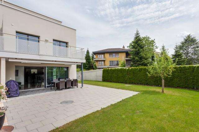 4 1/2 Zimmer Doppelhaushälfe in Rotkreuz 16709120