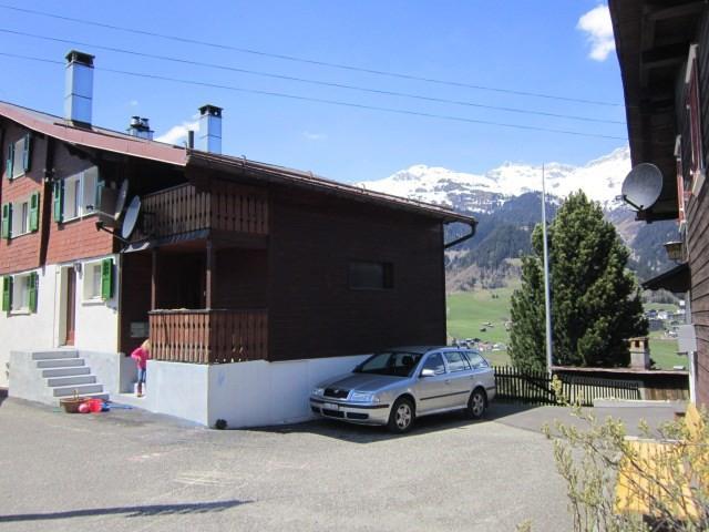 2-Familienhaus an traumhafter Aussichtslage (4,5 und 2,5 Zim 15256437
