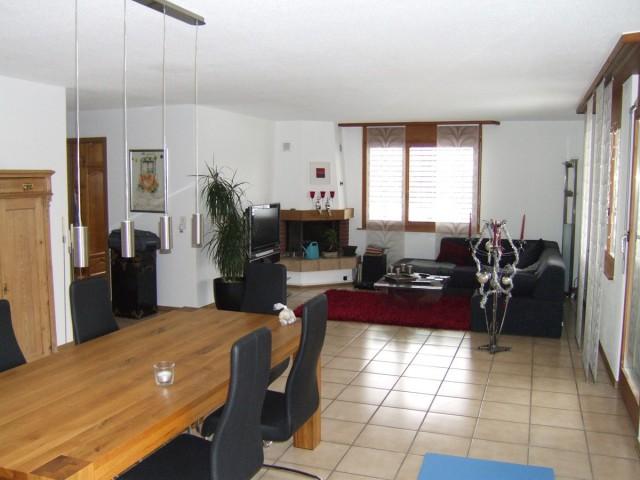 Helle-Top-Part.-Wohnung (inkl.: 1 Garage + 2 Parkpl. inkl. N 15025904