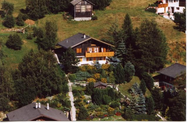 Chalet mit unverbaubarer Aussicht mitten im Ski- und Wanderg 16360862