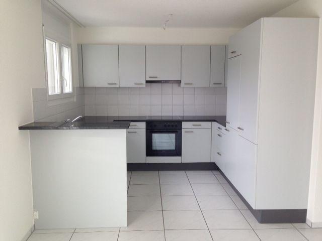 Moderne 5.5-Zimmer-Parterrewohnung 16006341