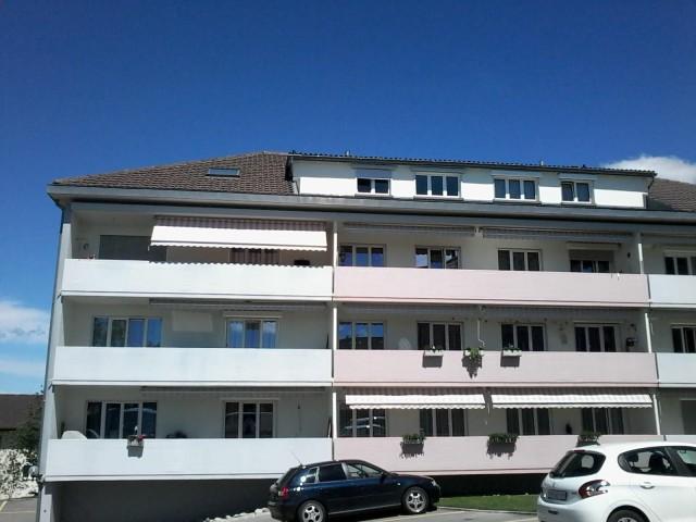 Ruhige Lage / Grosszügiger Balkon / Viel Grünfläche 16752903