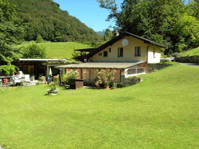 Petite maison individuelle dans quartier bucolique de Bex 15970179