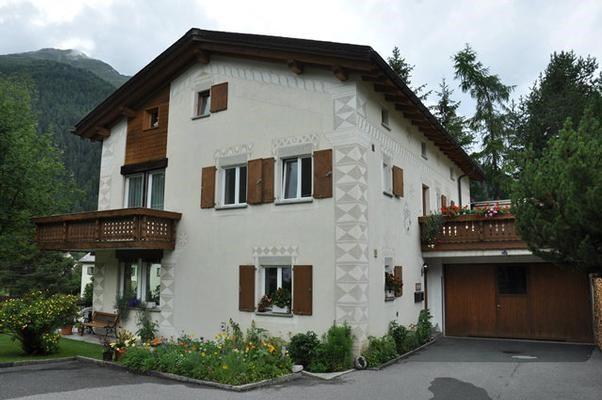 Zernez/Engadin - Schöne, sehr sonnige 4 1/2 Zimmer Wohnung 14859589