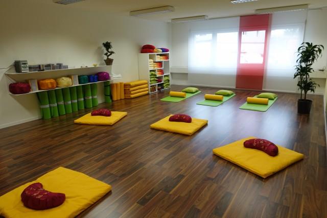 geräumige Praxisräume / Atelier / Büro in Grafenried 16697583