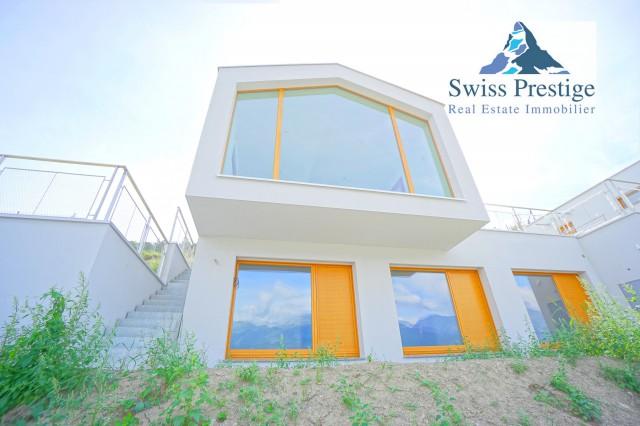 Magnifique villa d'architecture à Salin, la dernière en angl 16380454