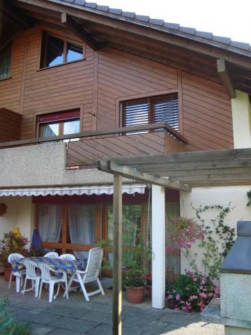 Geräumiges 6,5 Zimmer Doppeleinfamilienhaus in ländlicher Um 16360835