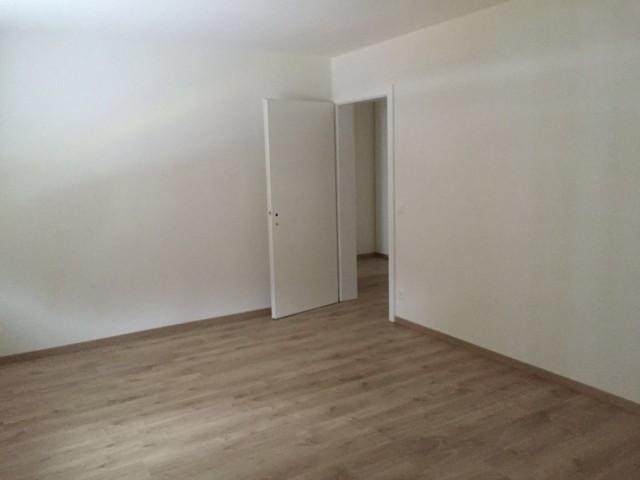 Neu renovierte 4 1/2 Zimmerwohnung 14958102