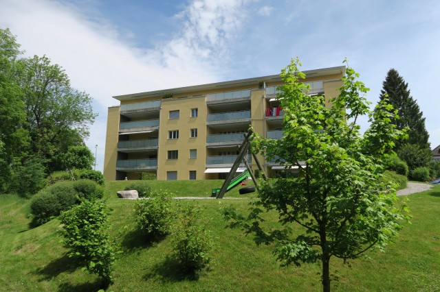 Moderne 3.5 Zi. Dachwohnung an bester Lage 15314637