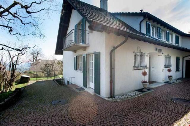 Repräsentative 7 1/2-Zimmer Villa mit stilvoller Gartenanlag 15279395