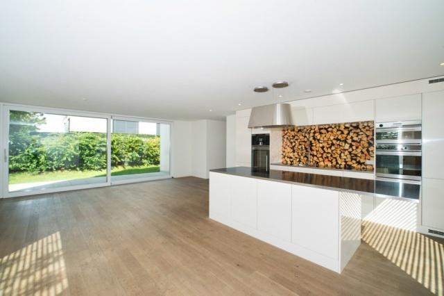 Moderne 4.5-Zimmer-Wohnung mit Gartenanteil an bevorzugter L