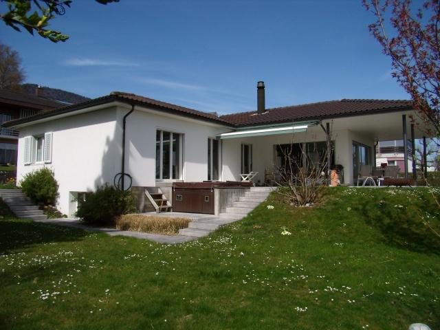 Wohlfühloase! 6.5-Zimmer-Einfamilienhaus mit vielen Extras! 10653608