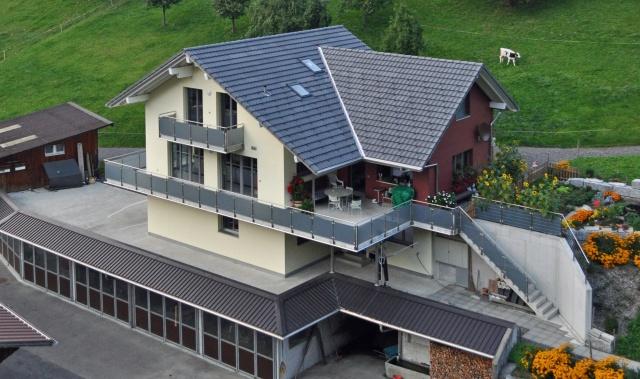 Zu vermieten Einfamilienhaus abgelegen auf Bauernhof 700 m.ü