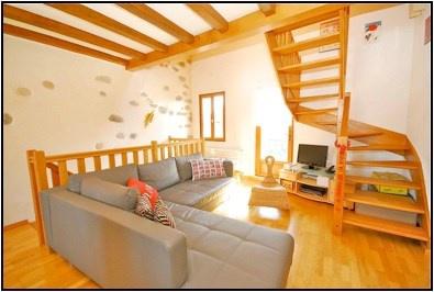 Maison à louer, rive gauche, hameau de Corsinge 13840620