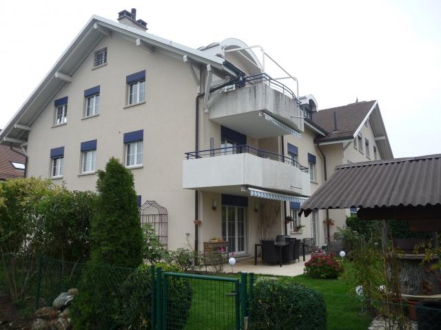 Appartement 5 ½ pièces 120m2. 1er étage. Année 2002 12460363