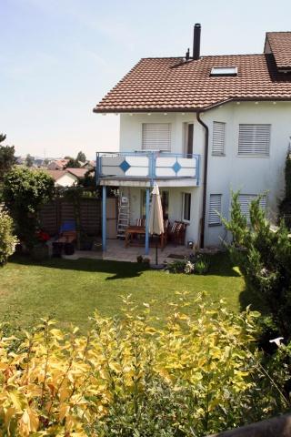 schönes 7 Zi-Eckhaus in familienfreundlichem Wohnquartier 13013062