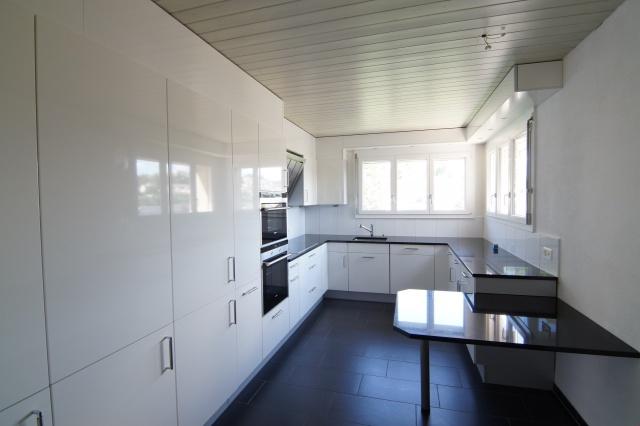 Grosszügige 6.5 Zi. Dachwohnung mit schöner Terrasse 12044540