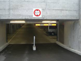 Einstellhalle / Garage souterrain