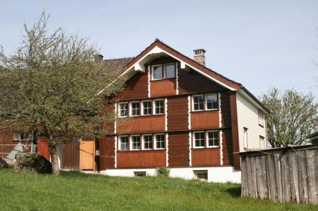 Wohnhaus an idyllischer, ruhiger Lage zu vermieten! 11286792