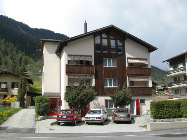 Moderne 4,5 Zimmerwohnung in Lax 12378348