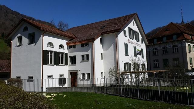 Neu sanierte 5-Zimmer-Wohnung 145m2 10939261