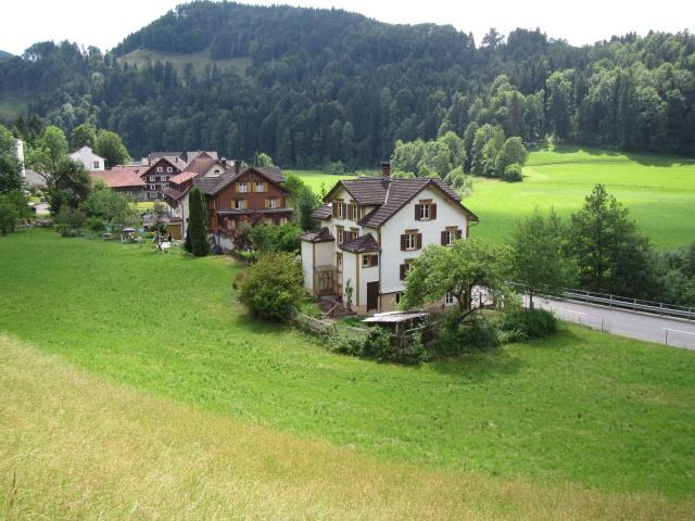 8 Zi Haus im Neckertal zu vermieten 11373037