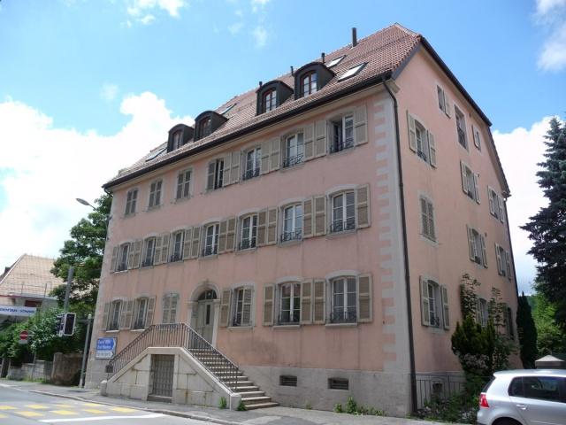 Bel appartement de 4.5 pièces au rez à La Chaux-de-Fonds 11377331