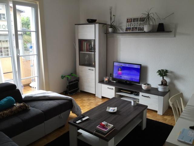 Appartement 2,5 pièces avec balcon et place de parque 12003313