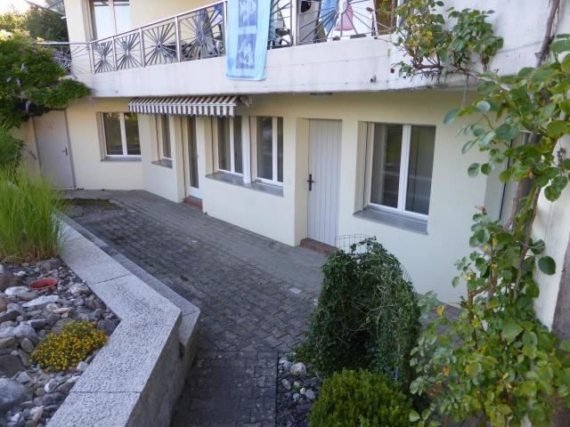 Exklusive 2,5 Zimmerwohnung im EG 11418352