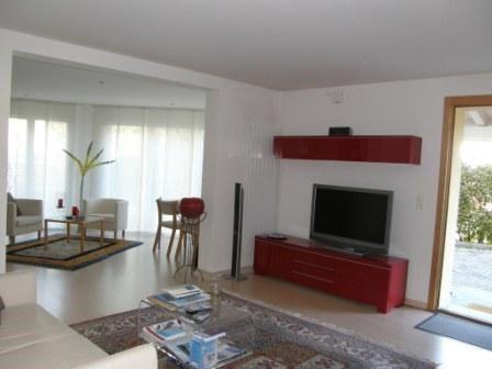 Helle grosszügige 2.5 Zi-Wohnung (75 m2) 13840629